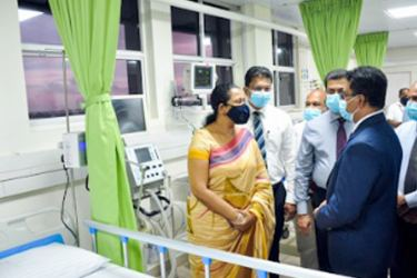 Minister of Health Pavithra Wanniarachchi Supun Weerasinghe - Group Chief Executive, Dialog Axiata, Dr. Amal Harsha De Silva -  Deputy Director General of Health Services, Ministry of Health, Kanchana Jayaratne – Private Secretary to the Hon. Minister and Dr. Nihal Weerasuriya - Director of the Negombo District General Hospital, Dr. Sunil de Alwis - Additional Secretary (Medical Services), Ministry of Health and Indigenous Medical Services