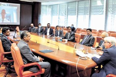 CBSL, Sampath Bank and UCSC officials at the event