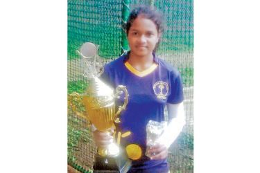 Sayuni Premaratne, is seen here with her trophies (Picture by Upananda Jayasundera)