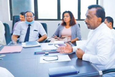 Agriculture Minister Mahindananda Aluthgamage chairing a special meeting on a special project to increase the production of organic fertilizer and promote organic farming held at the Ministry Auditorium.