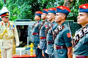Army Commander Lieutenant General Shavendra Silva inspects the guard turnout.