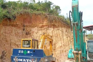 The soil excavating site. Picture by Mahinda P. Liyanage