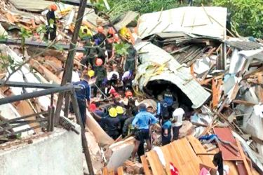 The building which collapsed in Buwelikada recently, killing three, including an infant. (File photo)