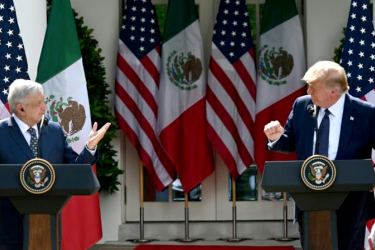 Mexican President Andres Manuel Lopez Obrador (L) has sought to maintain good relations with Donald Trump.