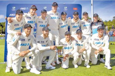 New Zealand players celebrate after winning day four of the second international cricket Test match between New Zealand and Pakistan at Hagley Oval in Christchurch on January 6. AFP