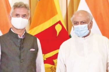 Indian External Affairs Minister Dr. S.Jaishankar with Foreign Minister Dinesh Gunawardena.