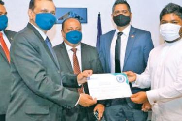 Chairman AASL Major General (Rtd) G. A. Chandrasiri, with the ACI accreditation with Minister of Aviation, D. V. Chanaka and other officials