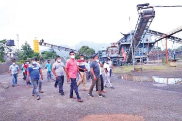 Highways Minister Johnston Fernando during an inspection tour of the Ganewalpola Front Yard of the Maga Neguma Construction Machinery Company (MNCMC).