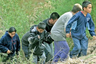 """A family from Guatemala crosses the Texan border in search of the """"American Dream""""."""