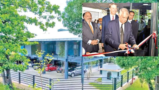 Prime Minister Ranil Wickremesinghe, the Chief Guest and US Ambassador Atul Keshap at the opening.