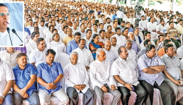 President Maithripala Sirisena addressing the newly elected local government members at the President's House yesterday. (Pictures by President's Media Division)