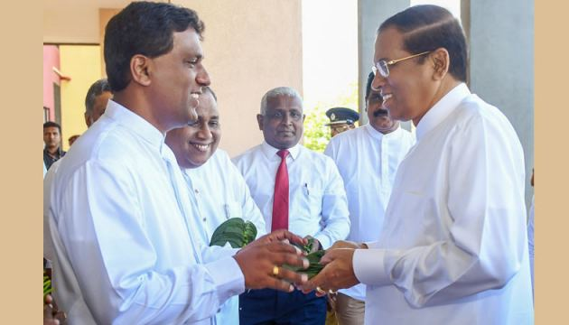 President Maithripala Sirisena being received by  Southern Province Governor Keerthi Thennakoon and Southern Province Chief Minister Shan Wijayalal De Silva. Picture by Nissanka De Silva