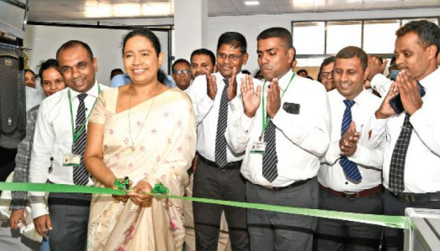 Health Minister Pavithra Vanniarachchi opening the Head Office of Private Pharmacy Owners' Association.