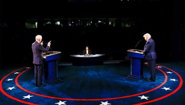 US President Donald Trump and Democratic Presidential candidate and former US Vice President Joe Biden argue during the final Presidential debate at Belmont University in Nashville, Tennessee, on Thursday.