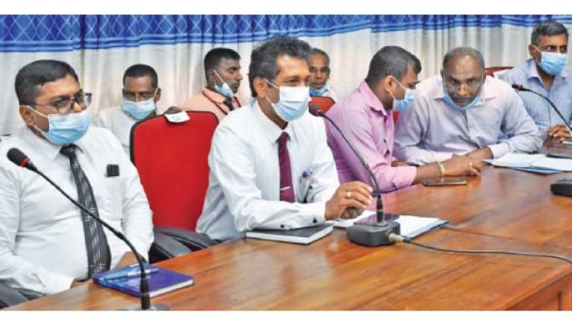 District Secretary D.M.L. Bandaranayake along with other officials at the discussion.
