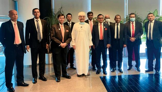 The Sri Lanka's delegation lead by State Minister Ajith Nivard Cabraal along with Sultan of Oman  Haitham bin Tarik during the visit.