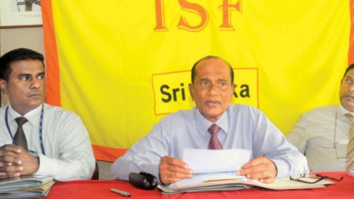 Industrial Security Foundation president D.M.T.B.Dissanayake briefing the Media. Chairman of the ISF Sports Fiesta Organizing Commitee Sunil Wijeratne, Coordinating Officer Pradeep Kannangara are also seen in the picture. Picture by Lalith C.Gamage.