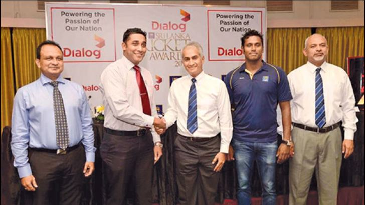 (From left) SLC Chief Executive Officer Ashley De Silva, GM - Brand and Media of Dialog Axiata PLC Harsha Samaranayake, SLC Chairman Sidath Wettimuny, Sri Lanka cricket captain Angelo Mathews and SLC Secretary Prakash Schaffter during the press briefing held at Taj. Picture by Rukmal Gamage