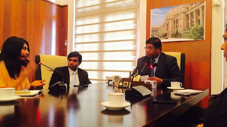 Members of the Global Shapers Colombo Hub with Finance Minister. Ravi Karunanayake