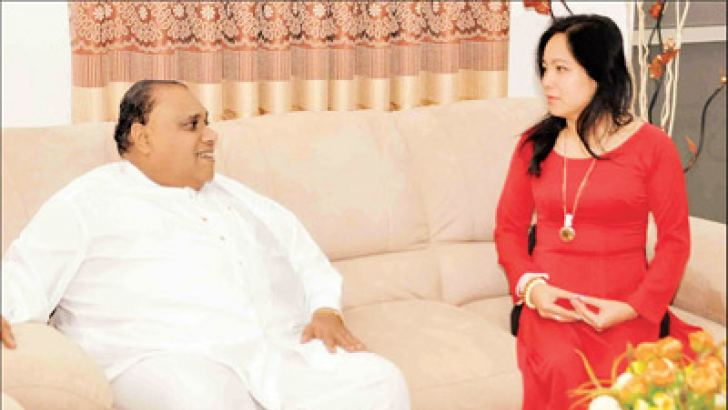 Ambassador of Socialist Republic of Vietnam Phan Kieu Thu in discussion with Southern Province Chief Minister Shan Wijayalal de Silva. Picture by Mahinda P. Liyanage, Galle central special correspondent