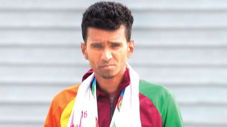 Anuradha Indrajith Cooray won the men's silver in the marathon event  yesterday.  picture by Prince Gunasekara