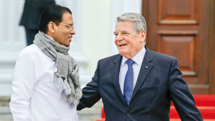 President Maithripala Sirisena met German President Joachim Gauck at the Palace Bellevue in Berlin on Wednesday evening. Picture by Sudath Silva