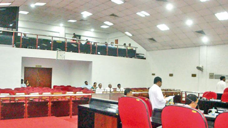 Seats reserved for officials at the Council Chamber vacant due to failure of the officials to turn up. Picture by Uva Wellassa Group Corr
