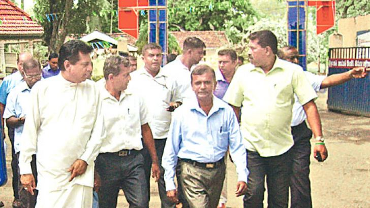 Transport Deputy Minister Ashok Abeysinghe visited the Kataragama C.T.B. depot recently. Picture by M. Nelson Piyaratne, Kataragama Group