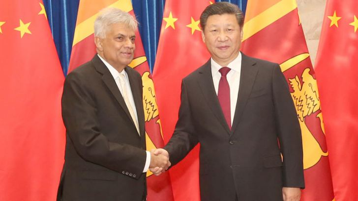 Prime Minister Ranil Wickremesinghe who is on a state visit to China being welcomed by Chinese President Xi Jingping yesterday.