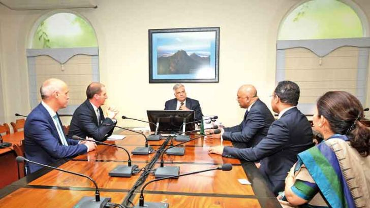 LSEG team comprising Exchanges Technology Executive Director Duminda Liyanwela, Group Head of Shared Services Martin Ryan and Business Services Limited Sri Lanka Country Head Rohan Paulas briefed Prime Minister Ranil Wickremesinghe of their new venture last week.