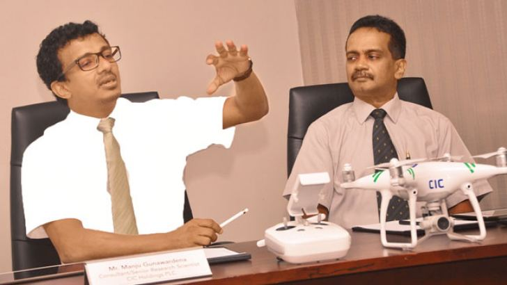 CIC Precision Agriculture Technologies Research Scientist Gunawardane and Prof. Marambe in Colombo. Picture by Thushara Fernando