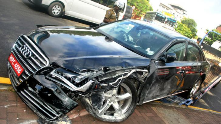 The state of cricketer Ramith Rambukkwella's car following an accident at Independence Avenue in Colombo last morning. Picture by Siripala Halwala