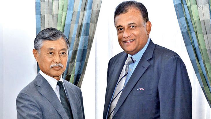 Japanese Ambassador to Sri Lanka Kenichi Suganuma with Eastern Province Governor Rohitha Bogollagama.