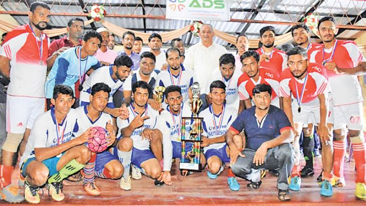 The captains of Sober Sports Club, Addalaichenai and Supersonic Sports Club, Addalaichenai with their trophies                                          Pictures by:I.L.M.RIZAN