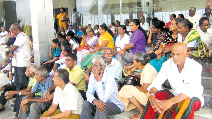 The parents engaged in protests. Picture by Sanath Gamage, Lunama Group Corr.