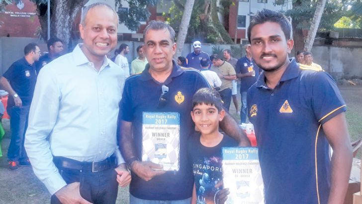 Ashshar Hameem (centre) with Minister of Law and Order and Southern Development Sagala Ratnayaka (on left) and co driver Pawan de Silva