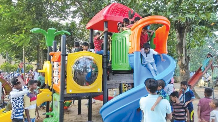 New children's park opened in Sammanthurai.