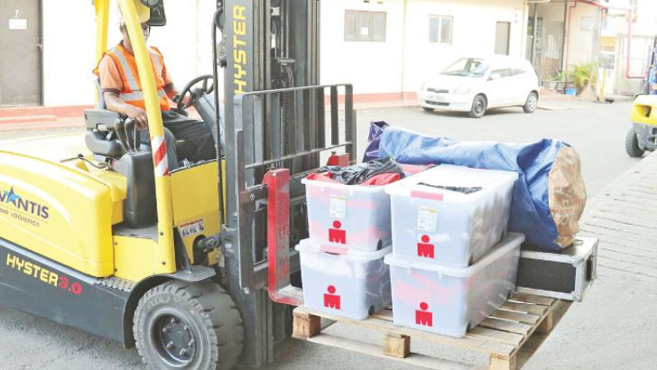 IRONMAN cargo being unloaded at the Advantis warehouse