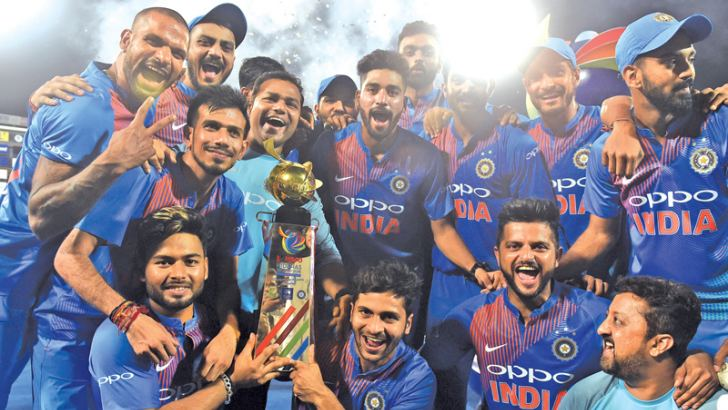Victorious Indian team with the Nidahas Trophy