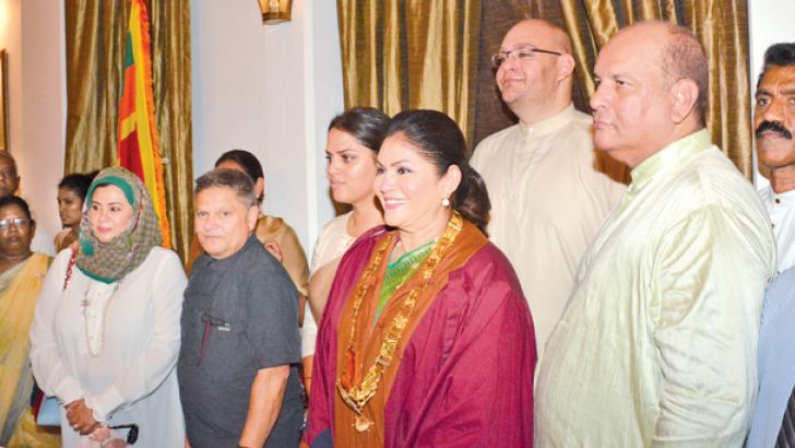 Colombo's first mayoress Rosy Senanayake with family and well-wishers after she assumed duties. Picture by Sarath Peiris.