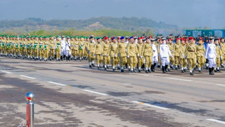 President Maithripala Sirisena was the Guest of Honour at the Pakistan National Day ceremony which was held on a grand scale in Islamabad, Pakistan yesterday. Here are some highlights of the parade. Pictures by Sudath Silva.