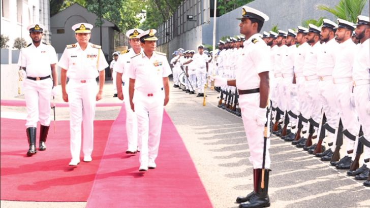 Indian VCNS Vice Admiral Ajit Kumar being welcomed by Western Naval Area Commander Rear Admiral Nishantha Ulugetenna and a Guard of Honour.