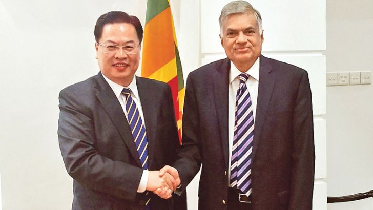 Chinese Ambassador to Sri Lanka Cheng Xueyuan with Prime Minister Ranil Wickremesinghe.