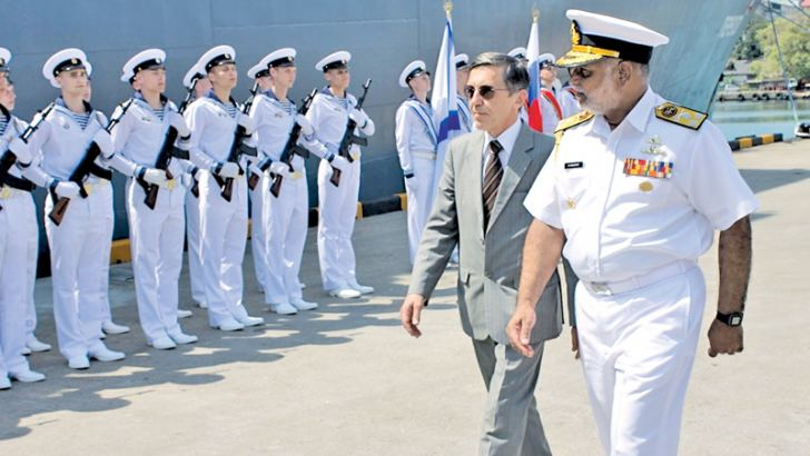 Navy Commander Vice Admiral Sirimevan Ranasinghe and the Ambassador Extraordinary and Plenipotentiary of the Russian Federation to Sri Lanka, Yuri Materiy inspecting the guard of honour.