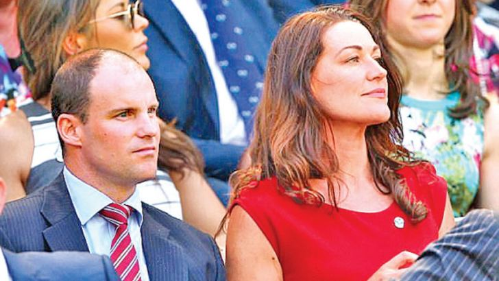 Andrew Strauss (left) with wife Ruth who has been diagnosed with cancer.