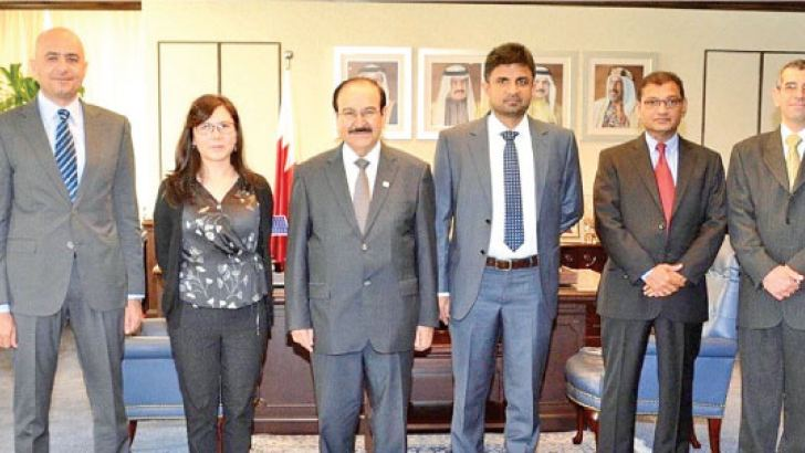 Jayantha Jayamanna, Chief Operating Officer of JLanka Technologies and the company delegation with  Dr. Abdul Hussain bin Ali Mirza, Minister of Electricity and Water Affairs of Bahrain and representatives.