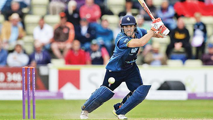 South Africa batsman Heino Kuhn's scored his fourth century in five One-Day Cup innings to help Kent into their first Lord's final for a decade