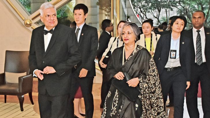 Prime Minister Ranil Wickremesinghe and Prof (Mrs) Maithree Wickramasinghe at the Lee Kwan Yew 2018 awards ceremony held at the Ritz Carlton Hotel in Singapore.