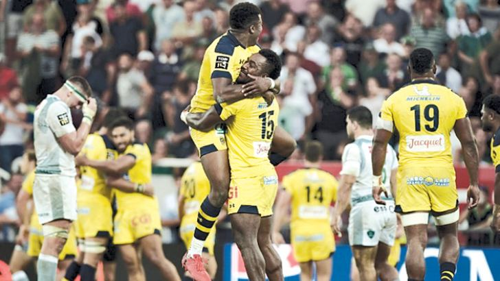 Clermont's late show made it four Top 14 wins in a row. AFP