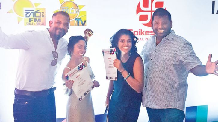 MullenLowe Sri Lanka's Malithi Jayasinghe and Leyanvi Mirando with the agency's senior most creative leaders, Dilshara Jayamanna  and Chandu Rajapreyar
